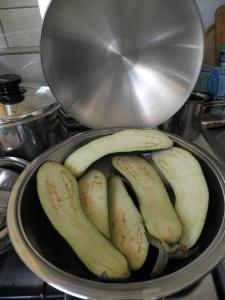 Vinete puse in wok, pentru copt.