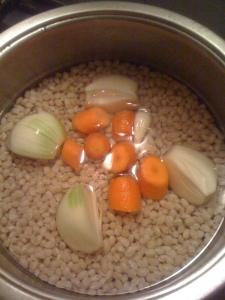Fasole si legume.